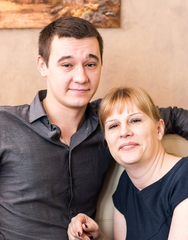 Мама и сын - Дмитрий Максимовский