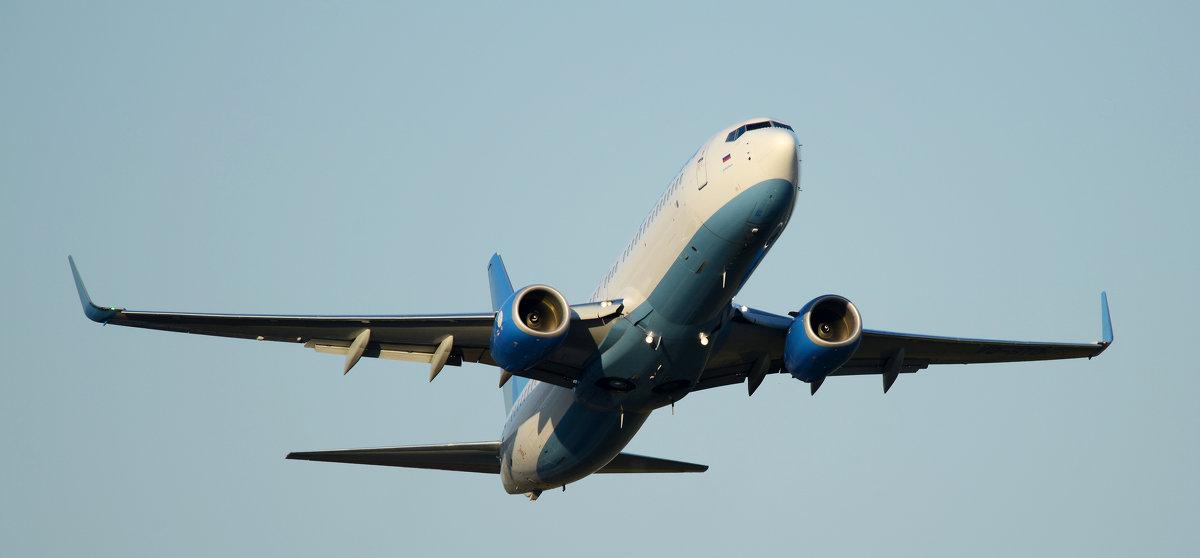 Боинг - 737 (800) - Олег Савин