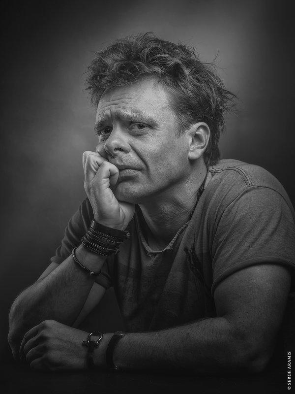 Паша Майков - Serge Aramis