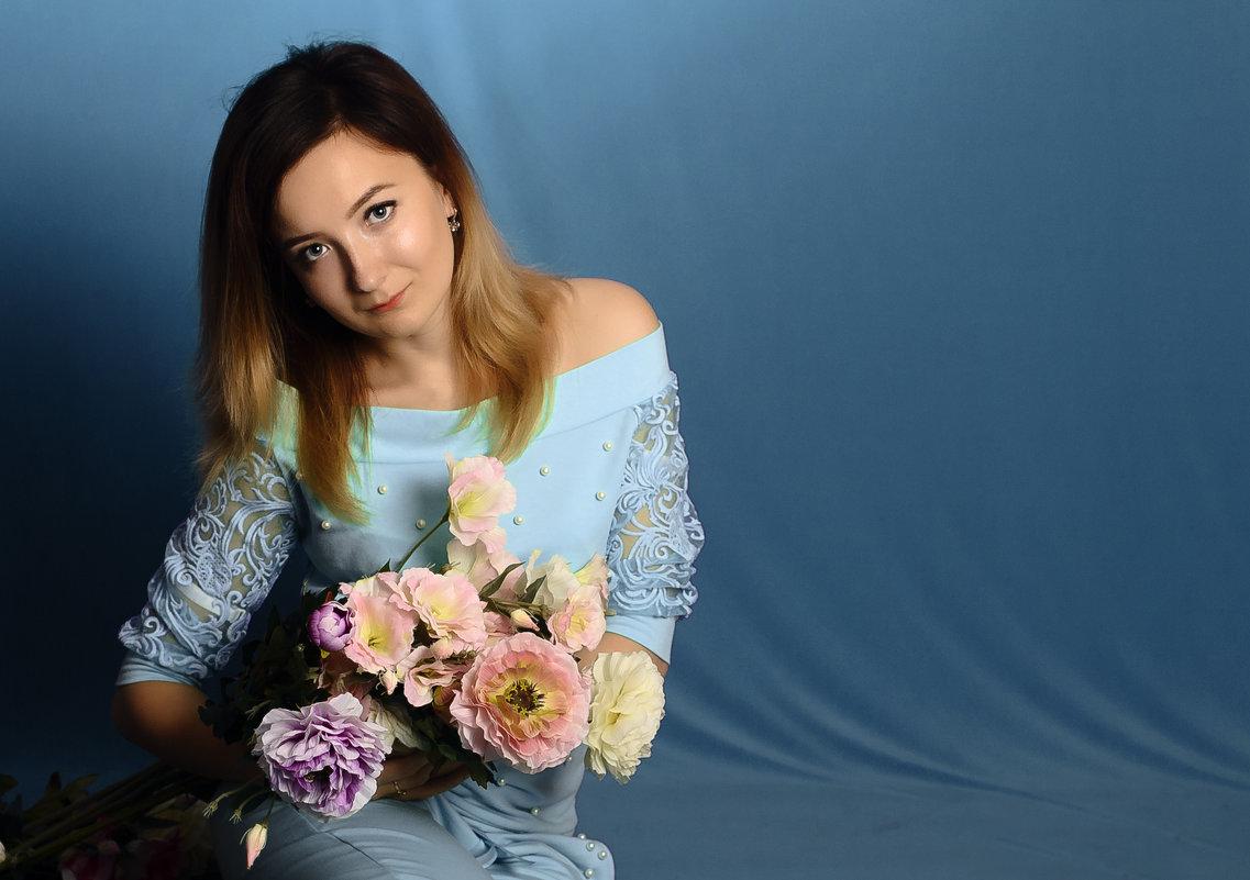 Голубой - Анастасия Шилова