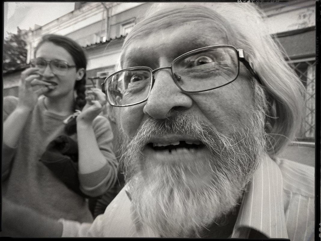Оптимистическая трагикомедия фотографа Николая Бахарева (3 августа 2016 г.) - Андрей Пашис