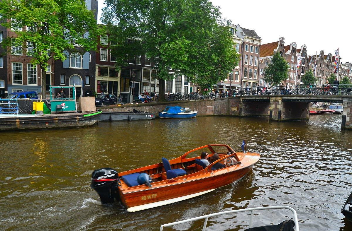 экскурсии по амстердаму на лодке