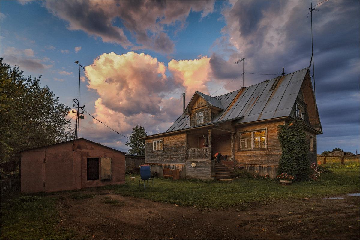 Обычный вечер в деревне... - Александр Никитинский