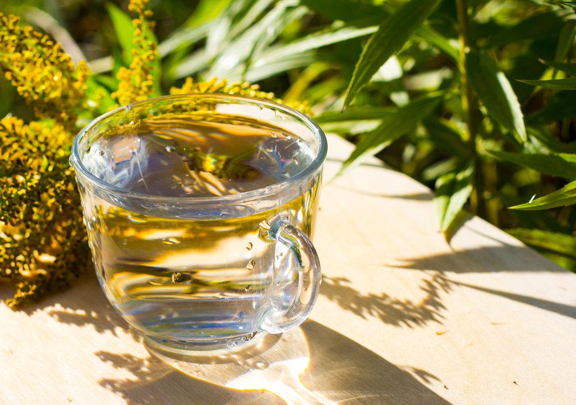 вода в чашке - AllaSaa