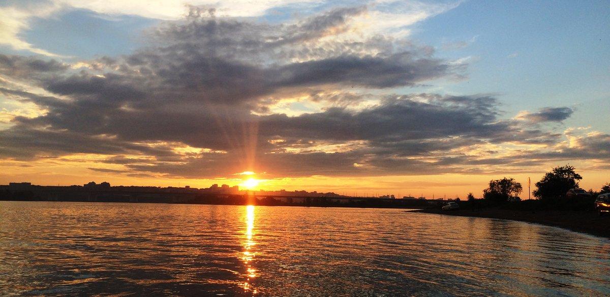 Закат на реке Ангара. - Андрей