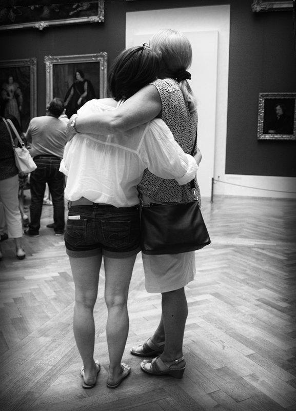 я поведу тебя в музей... - Лара Leila