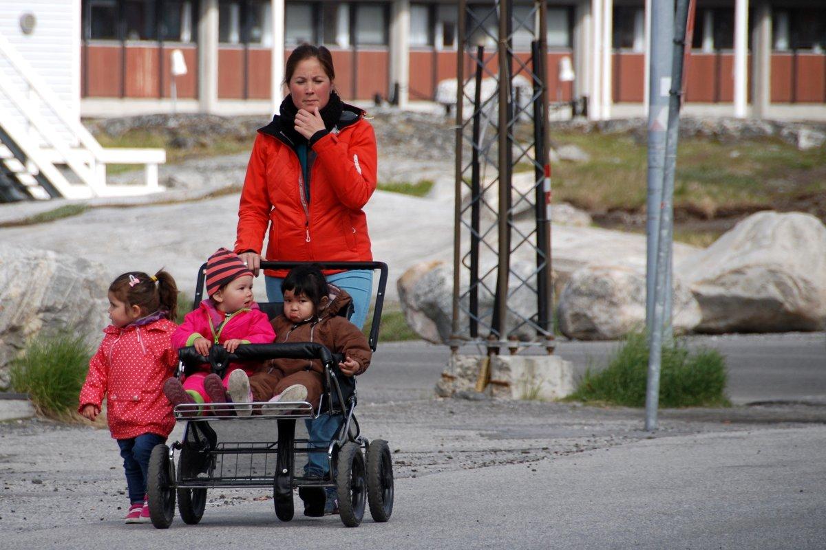 В столице Гренландии - Нууке - Tatiana Belyatskaya