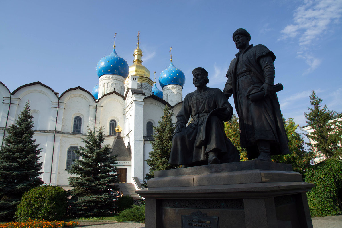 Благовещенский собор и памятник архитекторам Казанского кремля - Irina Shtukmaster