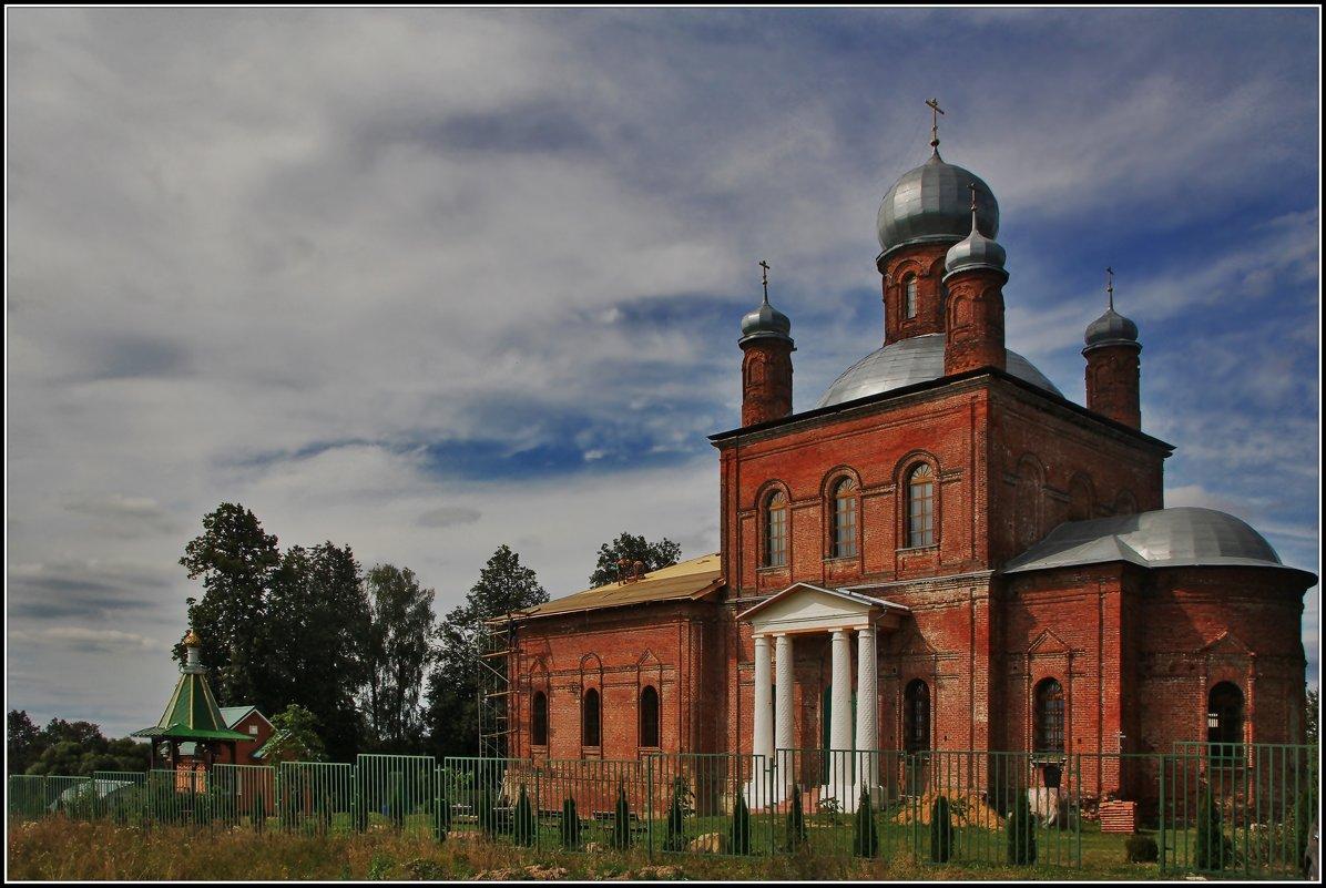Церковь Михаила Архангела в Шарапово. - Дмитрий Анцыферов