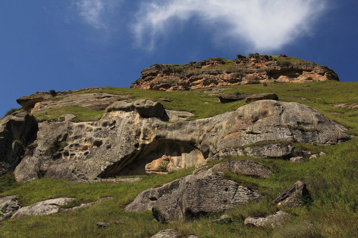 Скалы и камни Карачая - Vladimir 070549