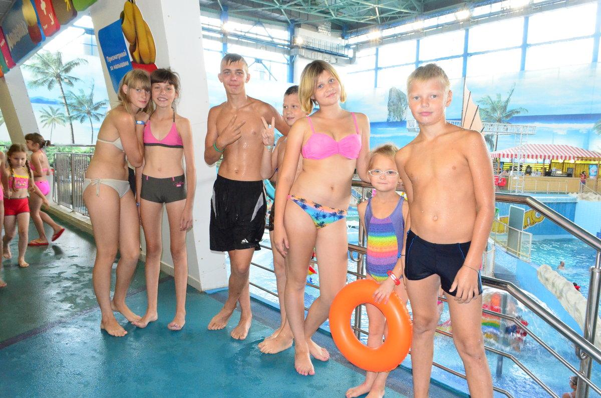 В аквапарке на Ксюшин др - Харон