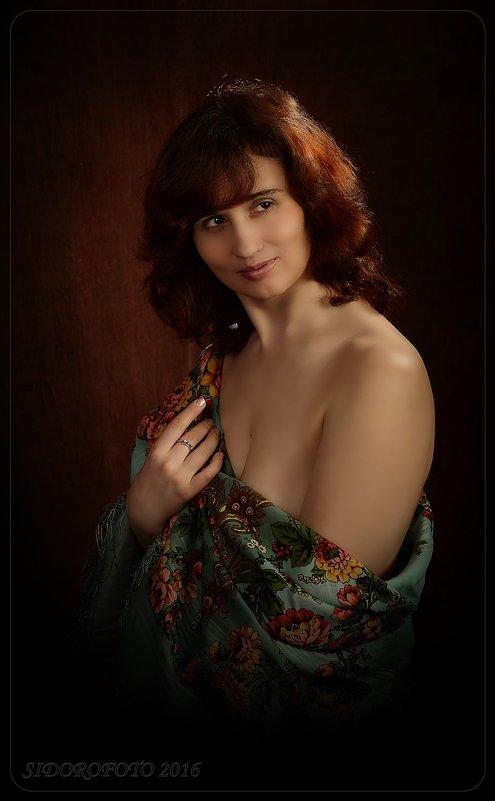 портрет девушки с платком - Юрий Сидоров
