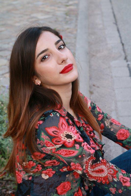 Красивая Эльназ - Наталья