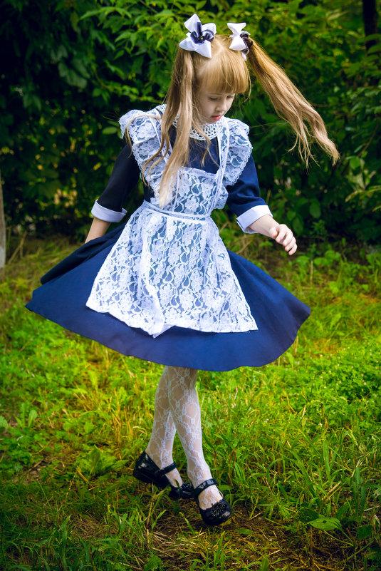 Летящей походкой в осень - Ольга Попова