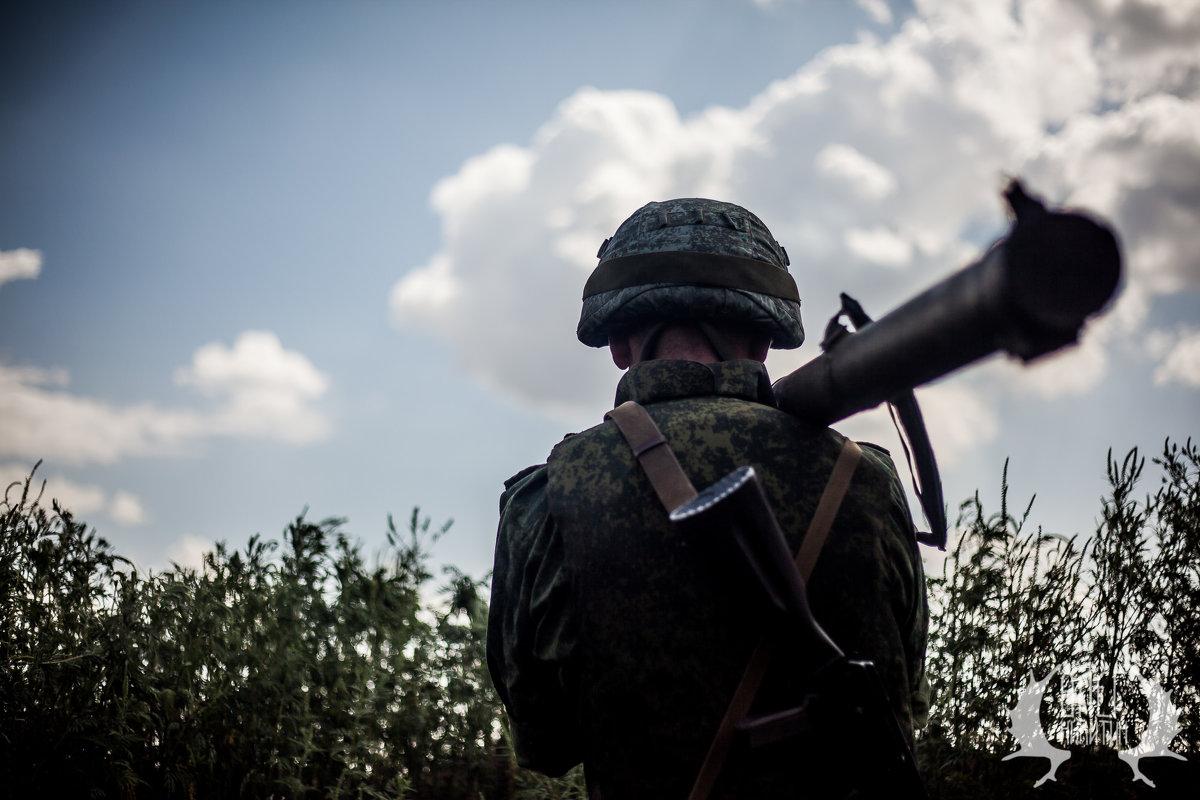 а он мужчина хоть куда, он служил в ПВО - Олег Никитин