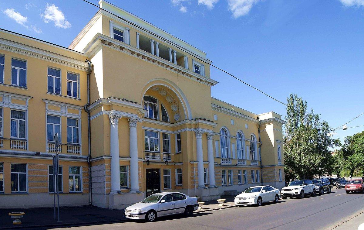 Музыкальная школа имени П.С.Столярского - Александр Корчемный