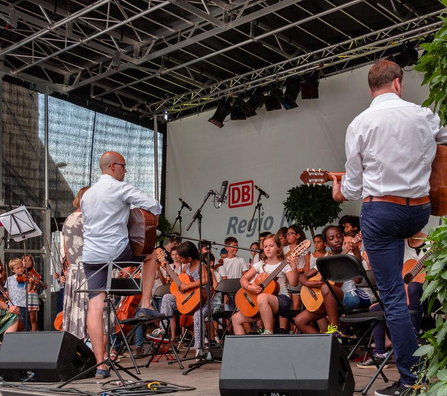Концерт посвященный 70 летию NRW - Witalij Loewin