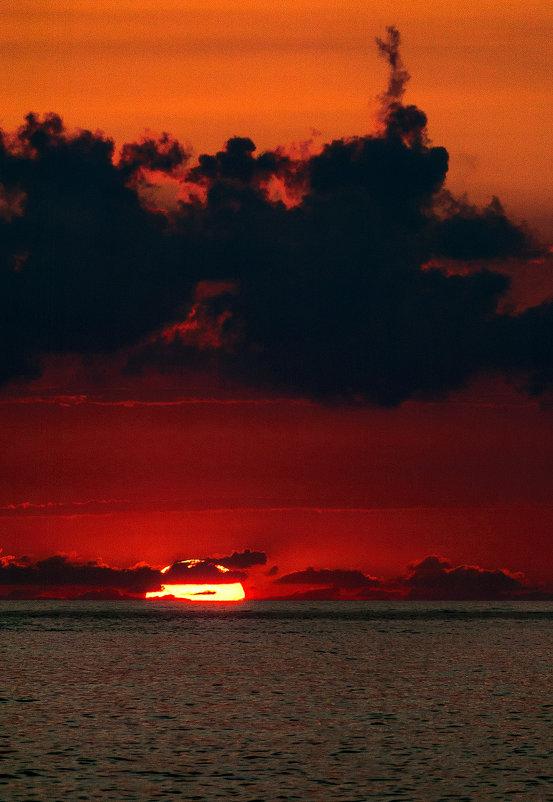закат на море - Андрей ЕВСЕЕВ