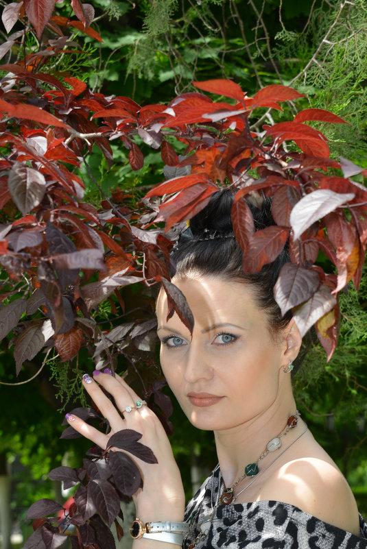 Красные листья - Юрий