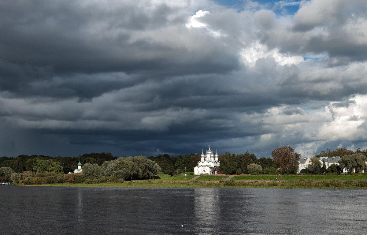 небо осени - Евгений Никифоров