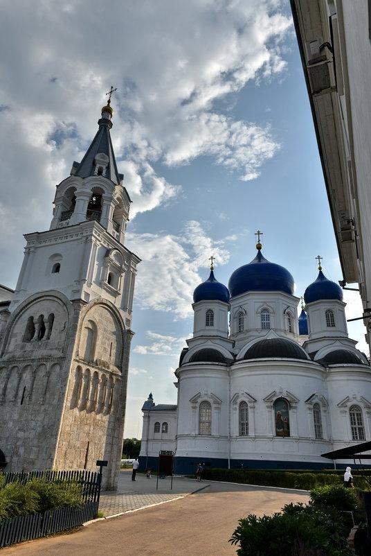 Свято-Боголюбский женский моностырь - АЛЕКСАНДР СУВОРОВ
