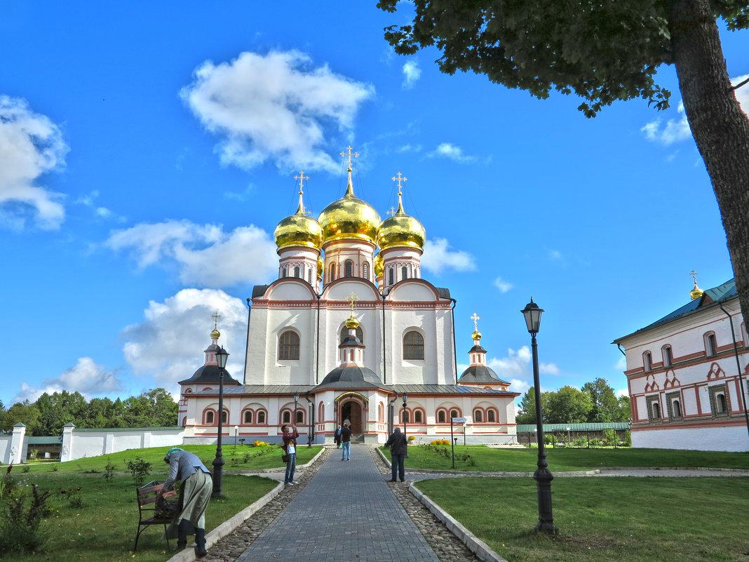 Валдай. Мужской монастырь - Наталья