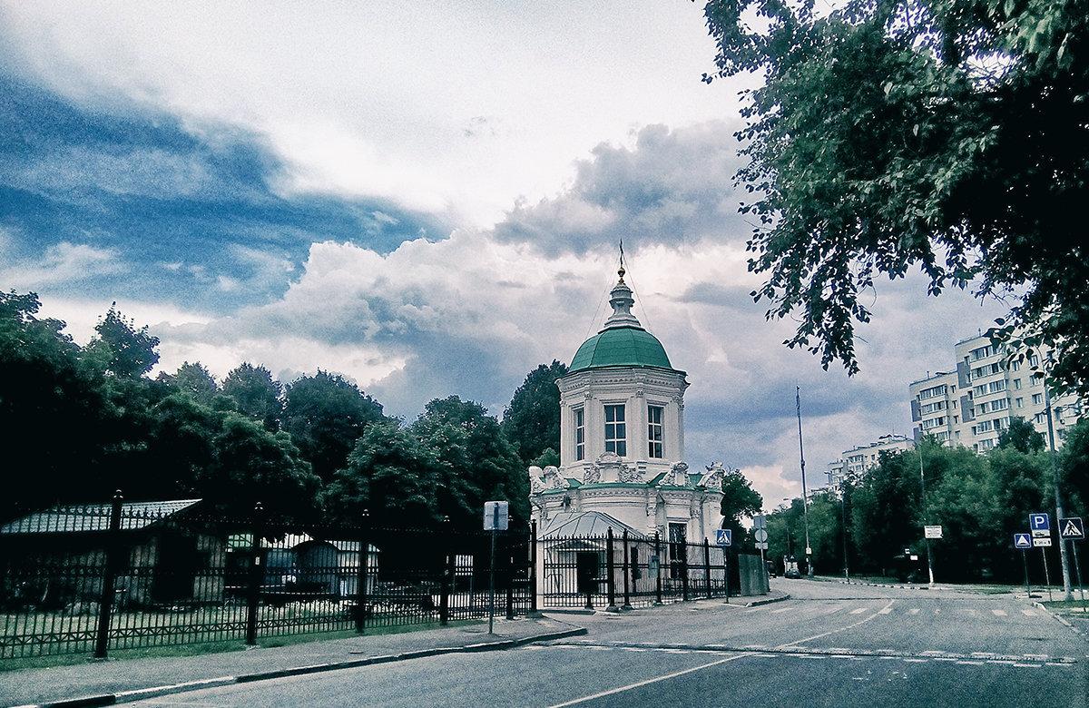 Храм иконы Божией Матери «Знамение» в Перове - Alex