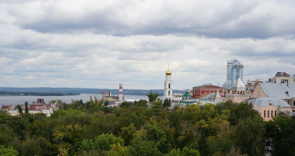 Волга, Самара, вид на Иверский  монастырь, Жигулёвский пивзавод и т. д. - IURII