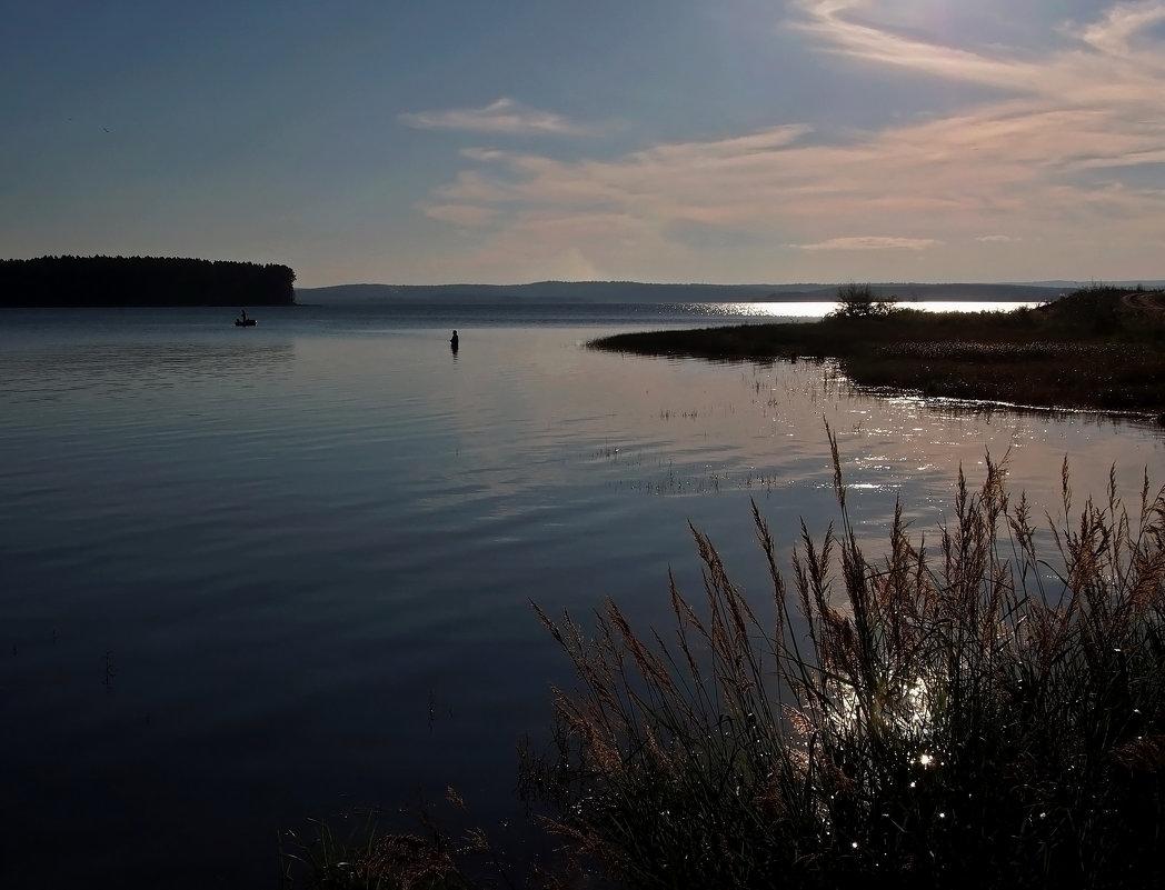 Вечерняя рыбалка на заливе... - Александр Попов
