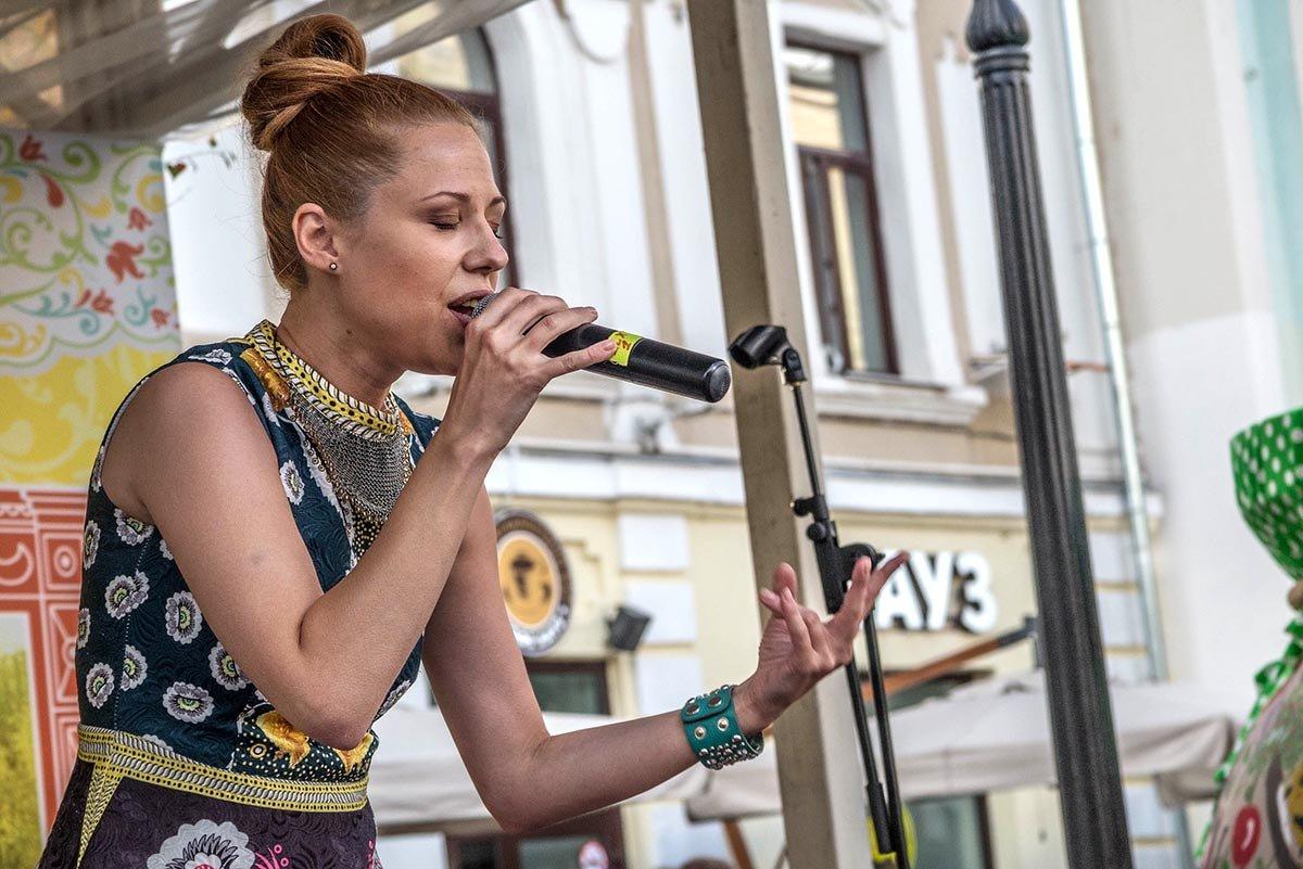 Играю или пою- я на грани, я на краю - Ирина Данилова