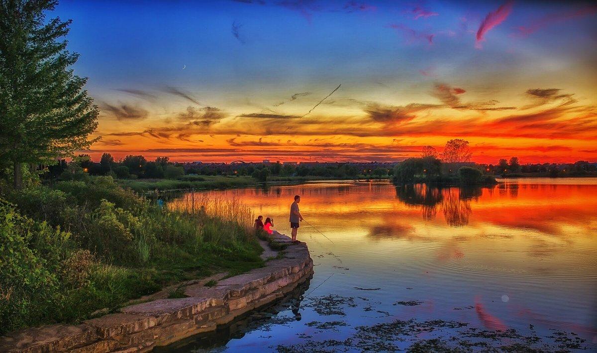Послезакатная рыбалка. - Gene Brumer