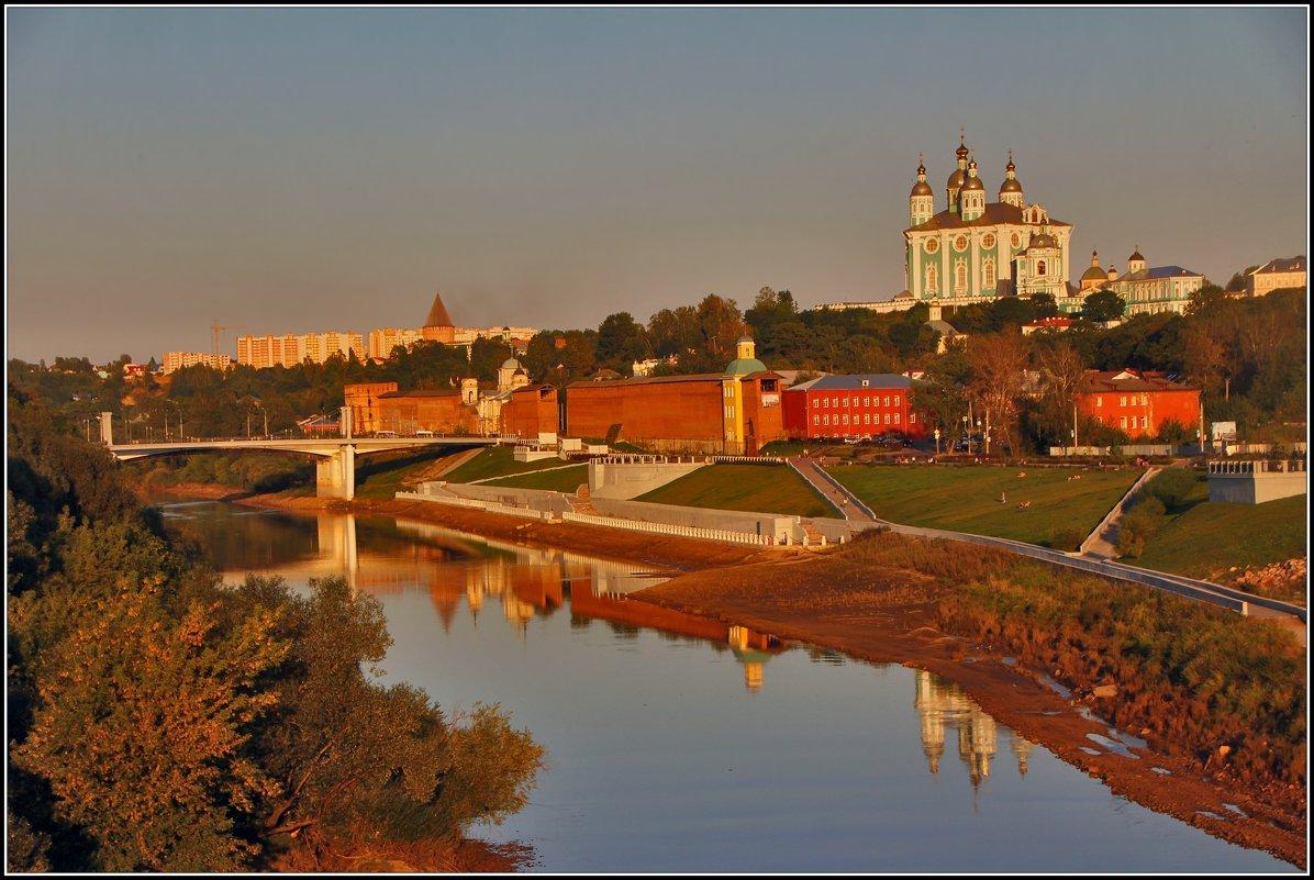 теплый вечер в Смоленске - Дмитрий Анцыферов