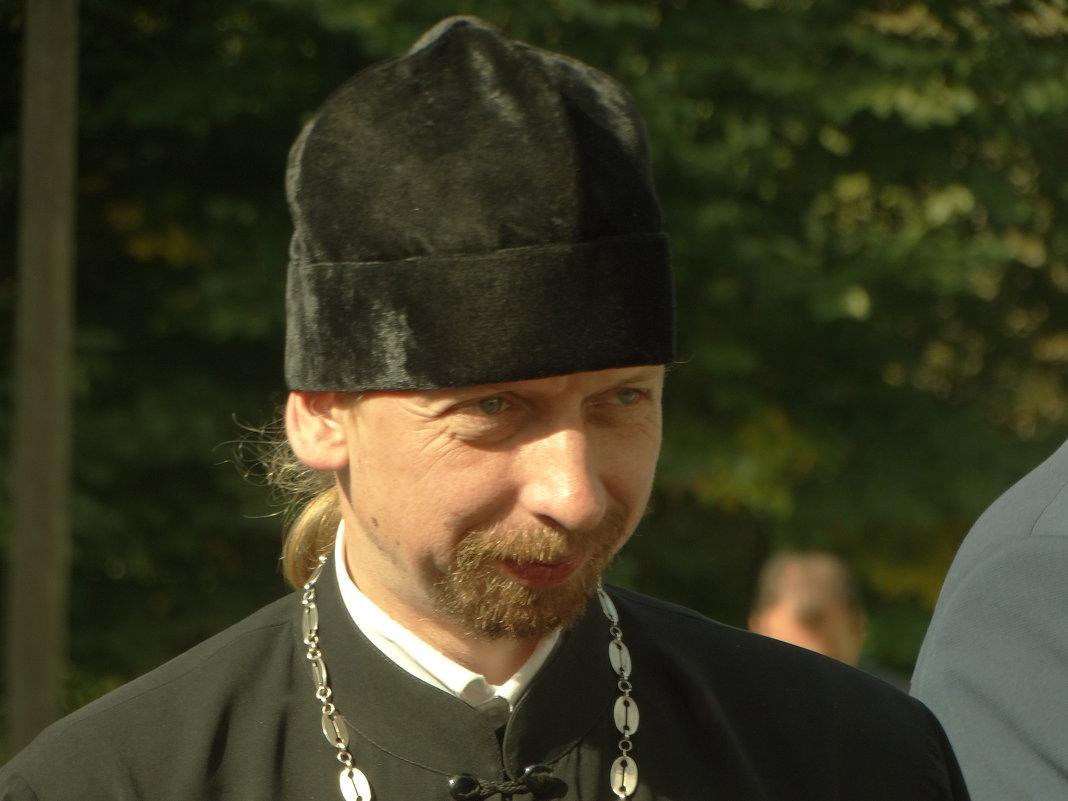 лицо духовного сана - Михаил Жуковский