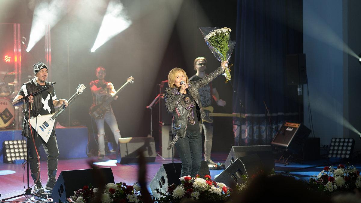 На концерте...2 - Mc!! .....