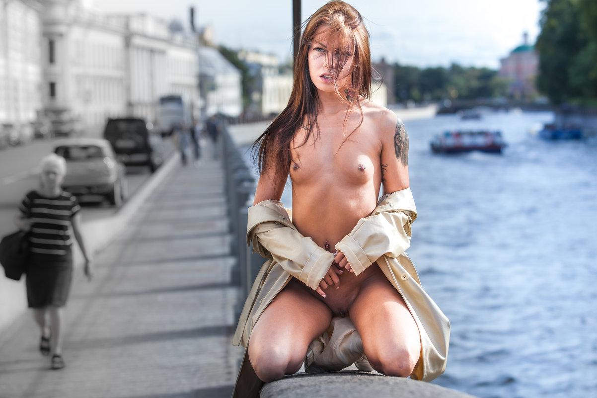 На набережной - Aleksandr Simakov