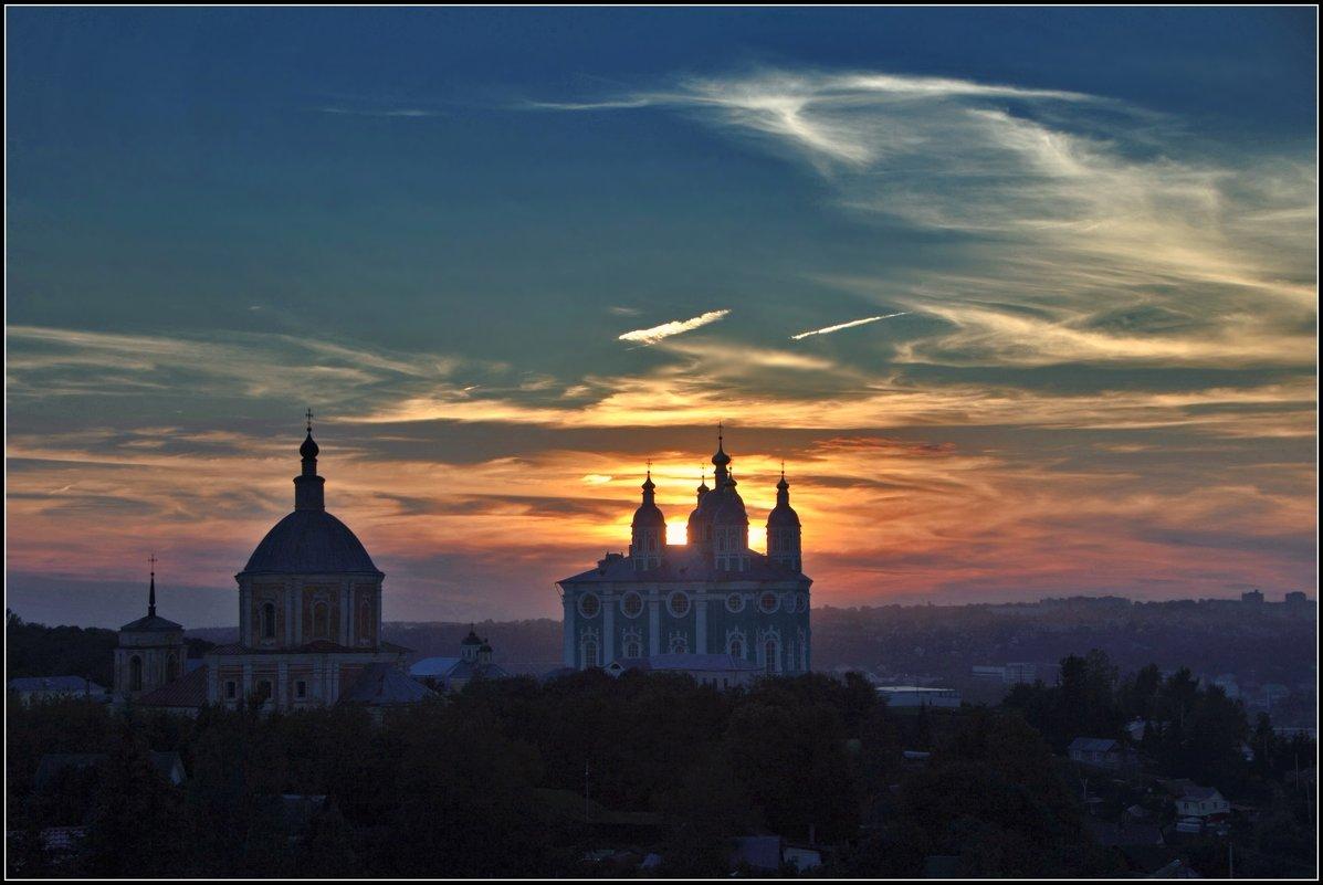 вечер в Смоленске - Дмитрий Анцыферов
