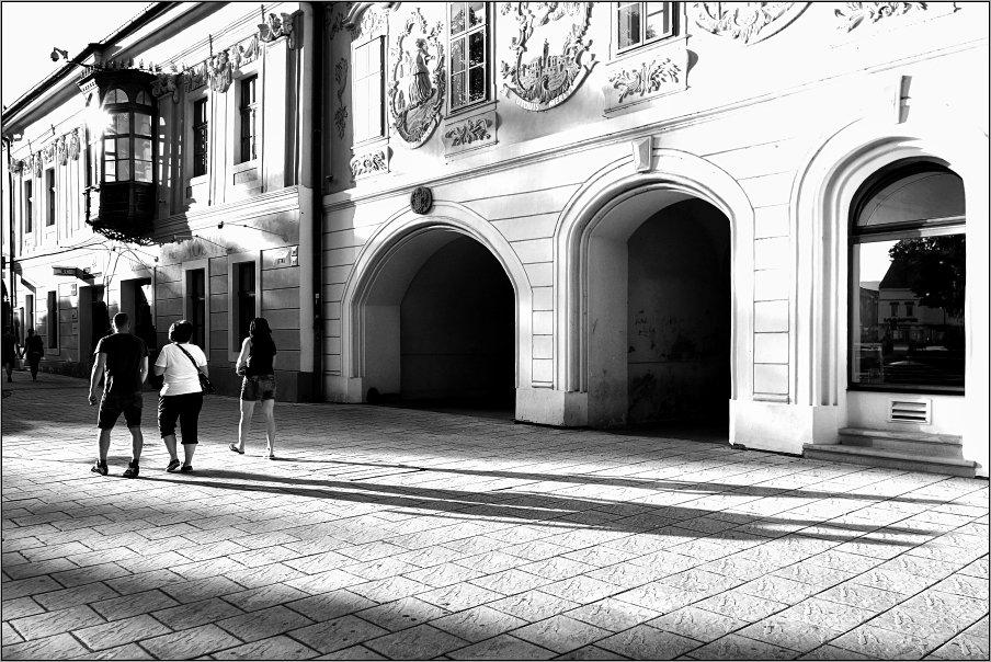 длинные тени - Jiří Valiska