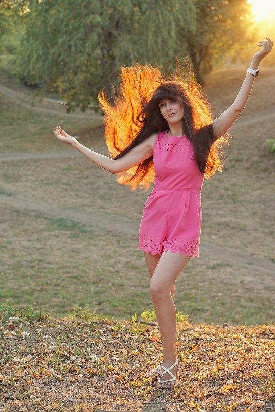 Горящая девушка - Андрей Майоров