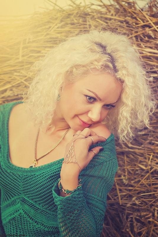 elena - Viktoria Lashuk