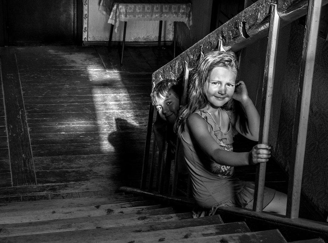 И зайчик солнечный ложился вдоль перил - Ирина Данилова