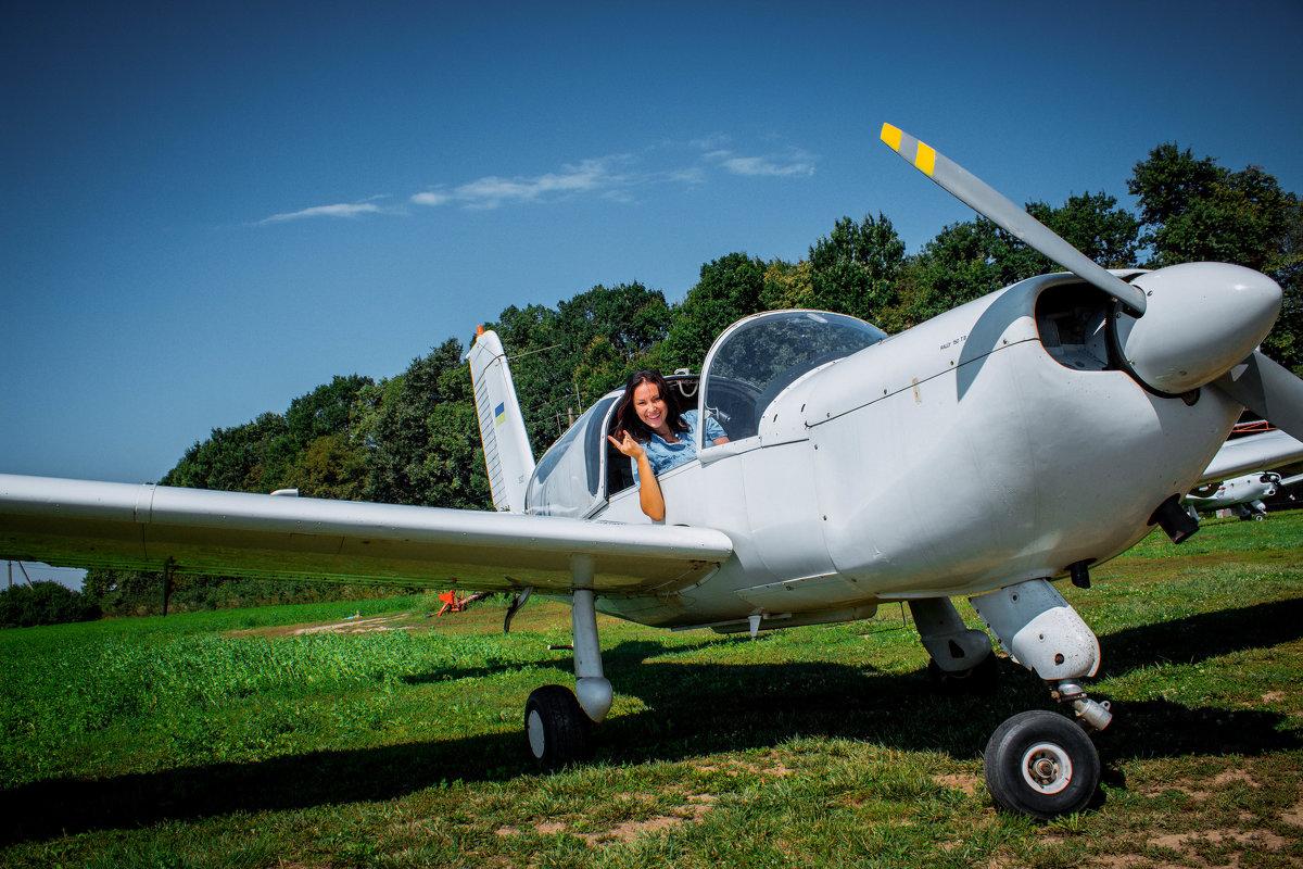 полет на самолете - Виктория Левина