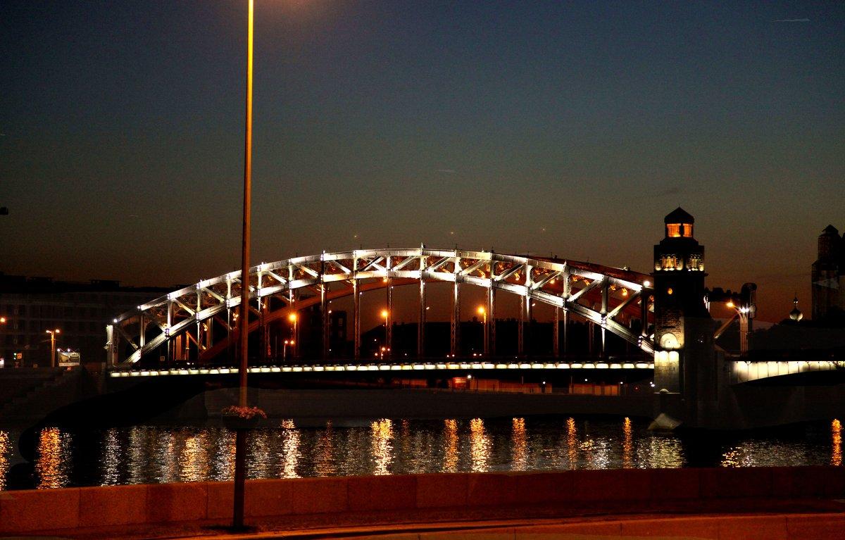 Пролет моста Петра Великого. Питер - Наталья