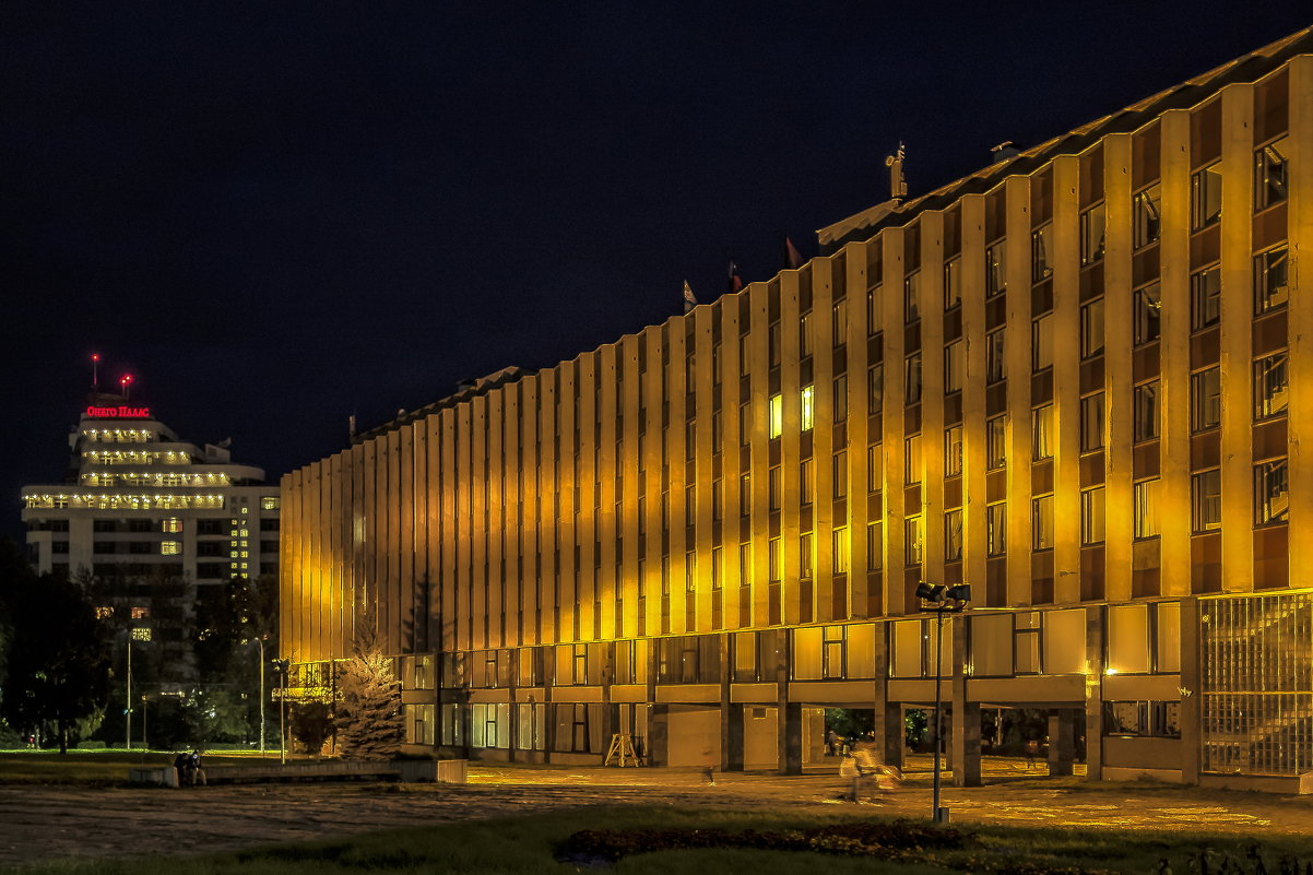 Темнеет - Владимир Морозов
