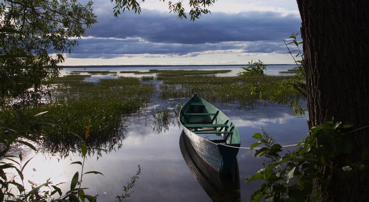 Привязанная лодка - Александра