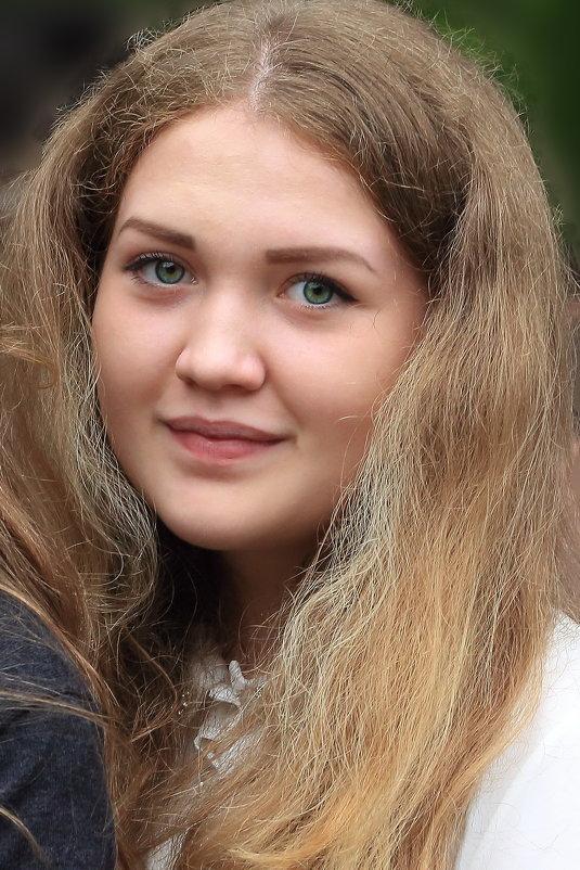 Полина, восьмиклассница. - Пётр Четвериков