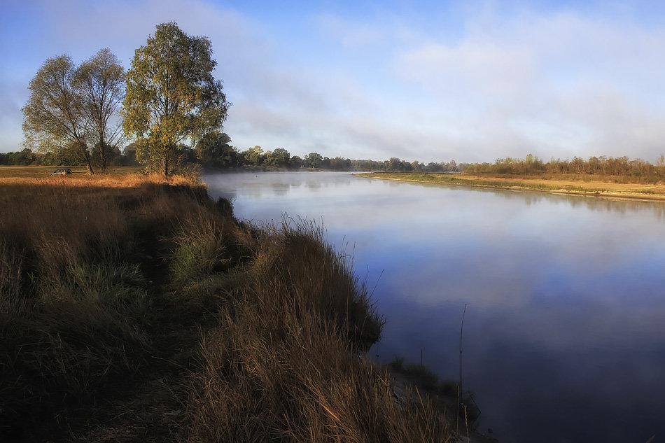 Осенним утром на реке - Ирина Приходько