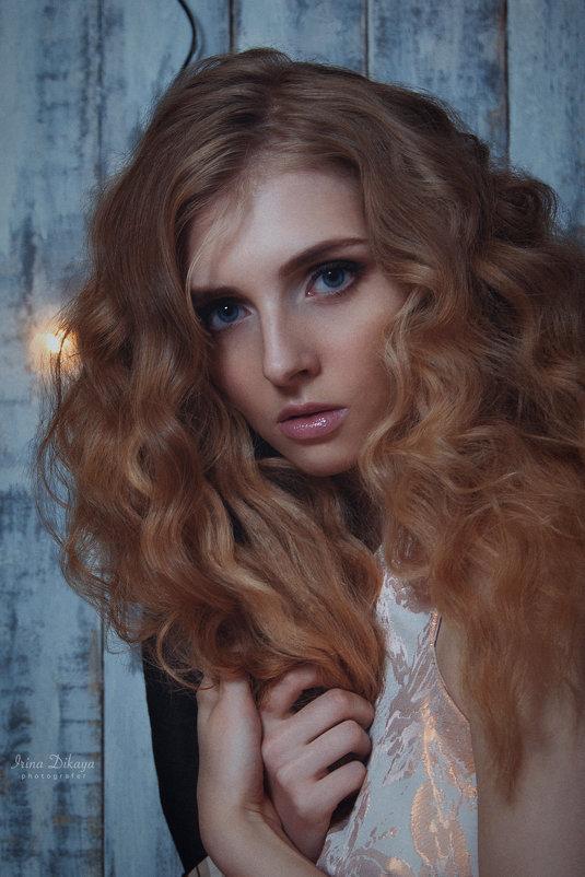Женский портрет - Ирина Дикая