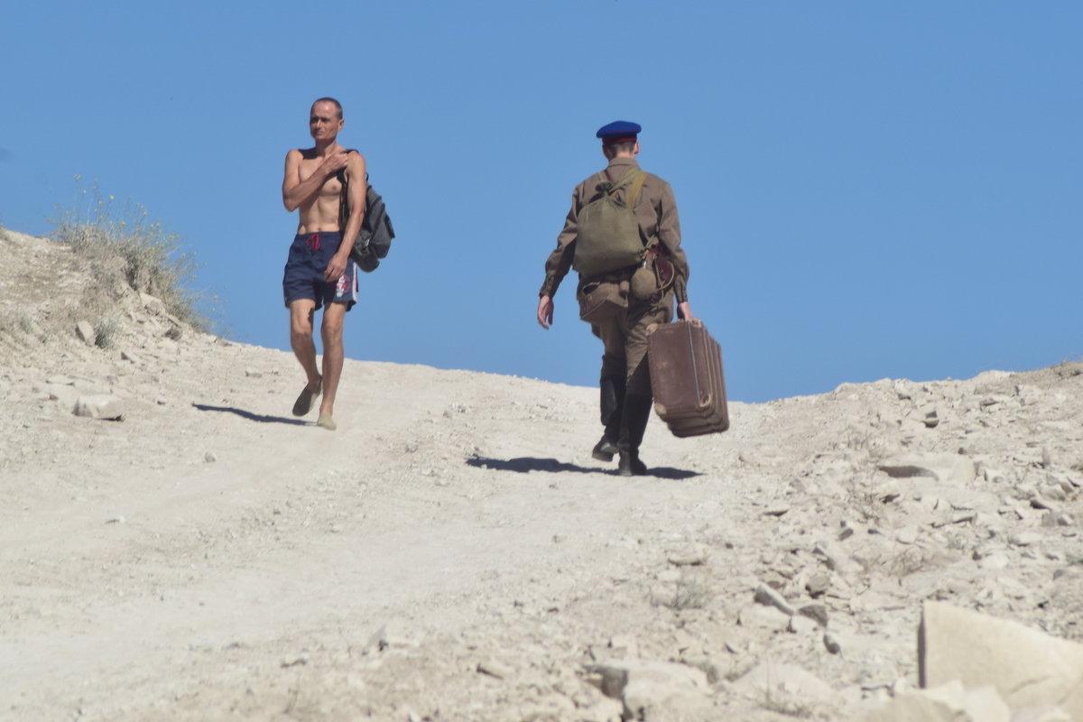 Туда с чемоданом, а обратно... - Игорь Кузьмин