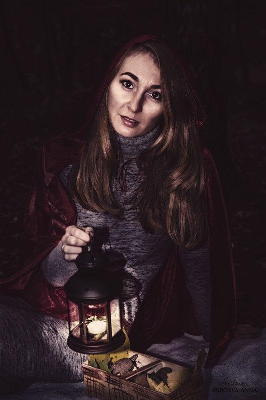 Красная шапочка в ночи) - Anna Enikeeva