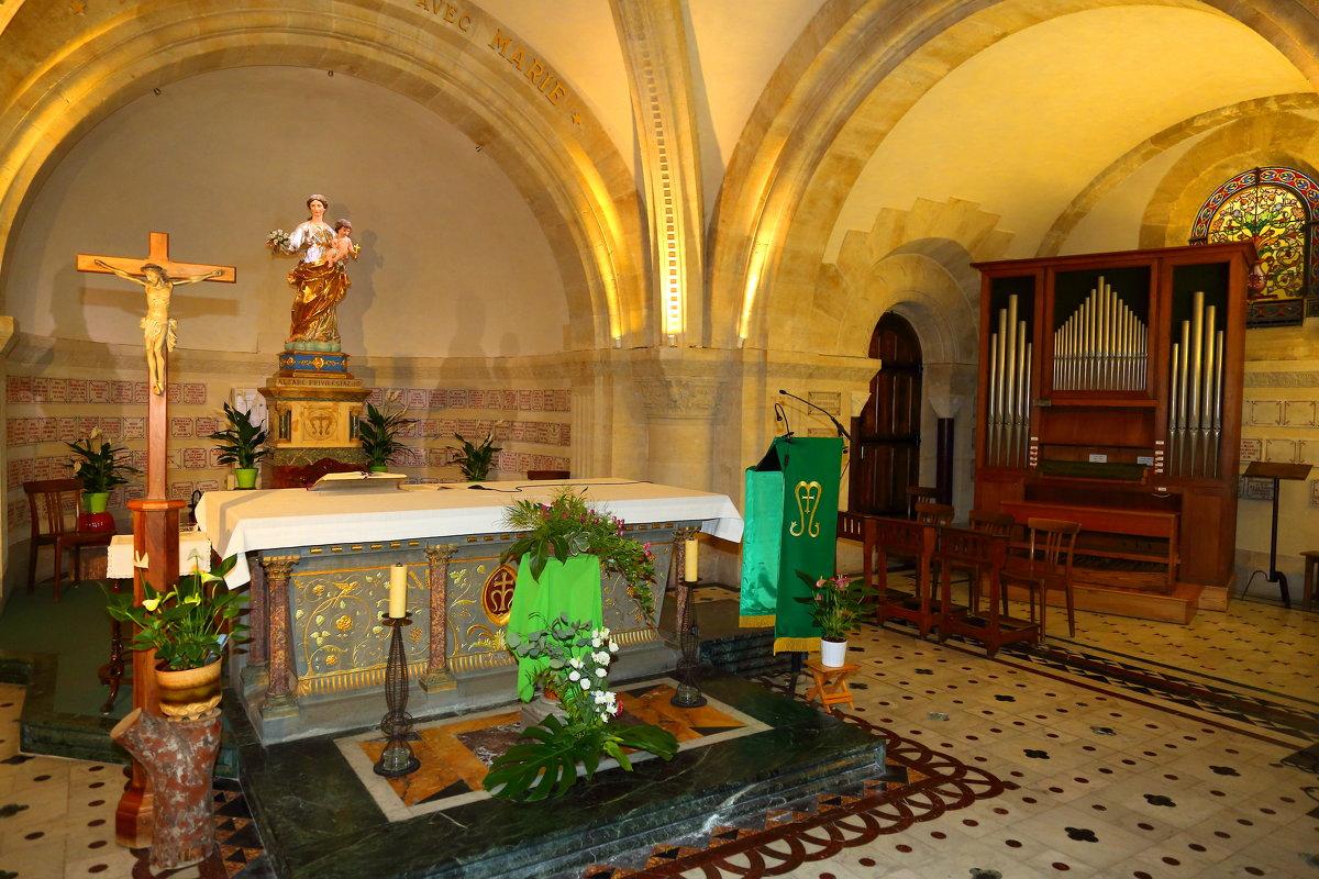 Нотр-Дам-де-ла-Гард — базилика в Марселе - ALEX KHAZAN